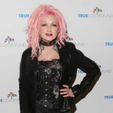 Cyndi and Rod To Tour